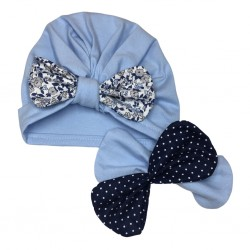 Bonnet bleu et ses trois noeuds coordonnés