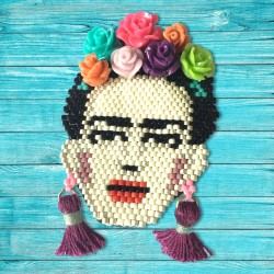 Broche FRIDA KAHLO prune