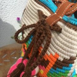 sac femme wayuu en coton et cuir bandoulière pompon long